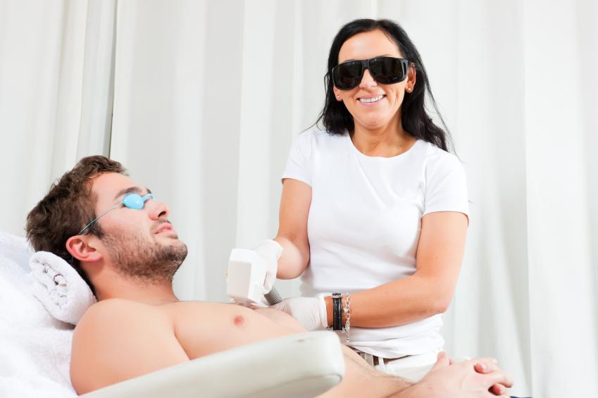 Man-in-cosmetic-salon-receiving-waxing